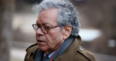 Opioid maker Insys's John Kapoor and other executives are sentenced to prison