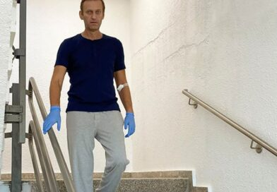 Alexei Navalny pictured walking down stairs during recovery from novichok poisoning